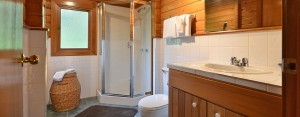 point no point resort cabin 1 ensuite bathroom