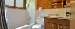 point no point resort cabin 1 second bathroom