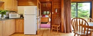 point no point resort cabin 2 kitchen and diningroom