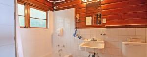 point no point resort cabins 3 & 4 bathroom