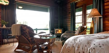 point no point resort cabins 3 & 4 livingroom