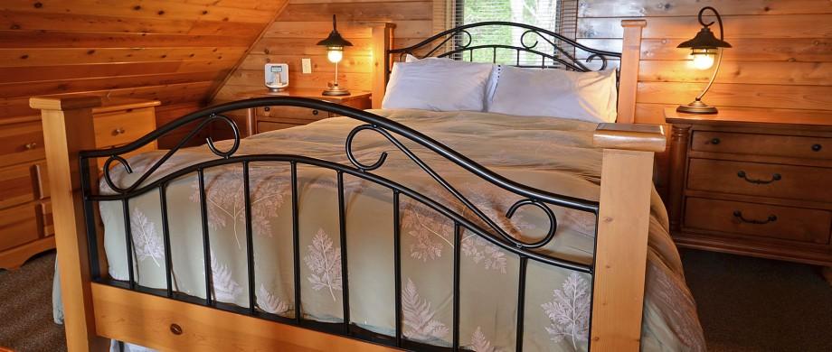 point no point resort cabin A Glacier Loft bedroom